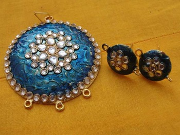 Blue Enamel Pendent with kundan work and earrings