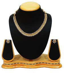 Buy Traditional Pearl Necklace Set For Women Fashion Jewellery necklace-set online