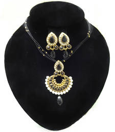Buy pearl diamond necklaces with earrings necklace-set online