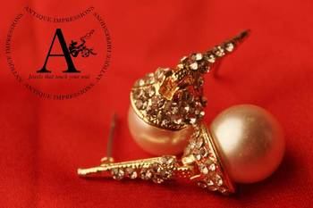The Pearl Hanging Golden long Earrings with golden stines