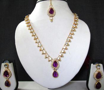 Purple stone necklace sets