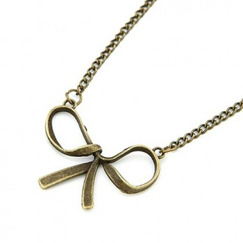 Classic Bowknow Pendent necklace