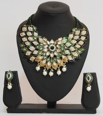 Green Gold Pearl Teardrop Necklace Set