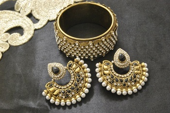 New Ram Leela Black colour Earrings with Gold Plated Stones Kada