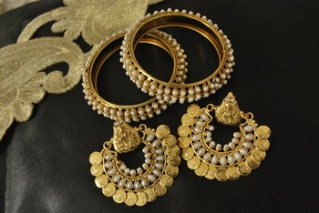 Ram Leela Pearl Earrings with Gold Plated Pearl Bangles