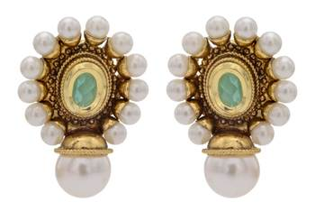 ANTIQUE GOLDEN STONE STUDDED OVAL SHAPED STUD STYLE EARRINGS (GREEN)  - PCAE2185