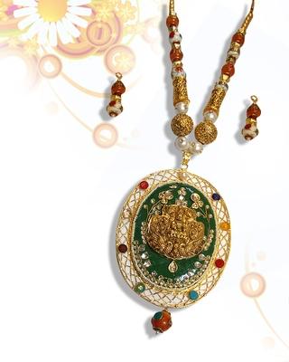 Beautiful multicolor kundan necklace sets