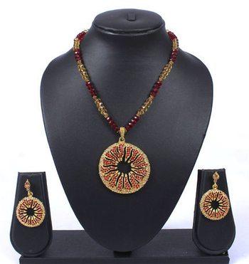 Maroon Gold Stone Beads Pendant Necklace Set