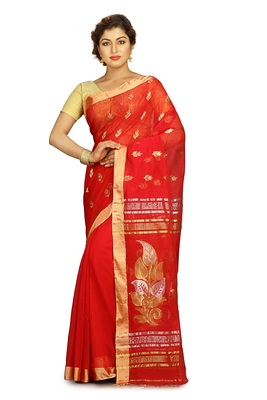 Red hand woven silk cotton saree with blouse