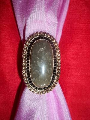 antique look beige stone studded ring
