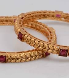 Buy Alankruthi Dazzling Bangles bangles-and-bracelet online