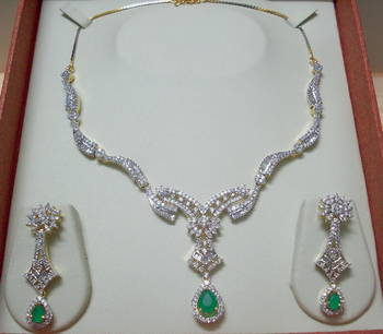 Emerald Green AD-CZ Necklace 013