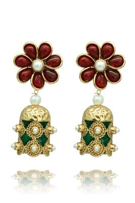 Gorgeous red & green toned earrings
