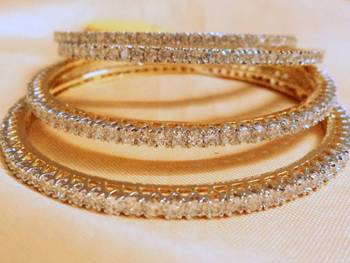 BANGLE IN CZ PAIR