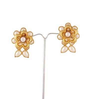 Sihiri Pearly Flower Earrings 1