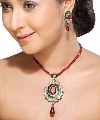 Meenakari Kundan Pendant Set with Ruby string
