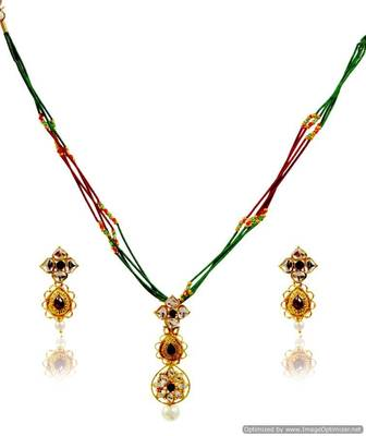 Kshitij Jewels Pearl Studded Floral Necklace Set