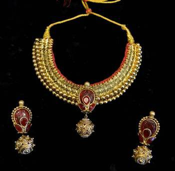 Design no. 8B.2030....Rs. 5800